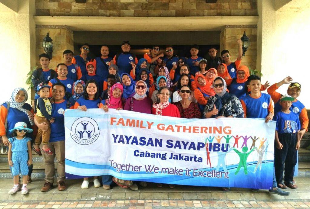 FAMILY GATHERING SAYAP IBU JAKARTA